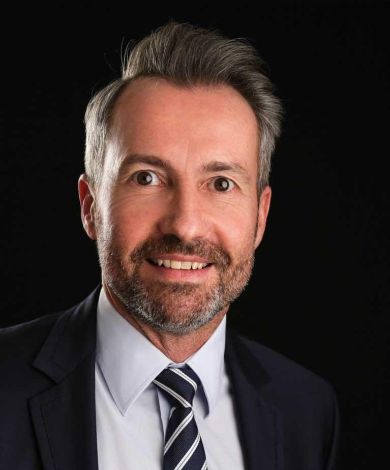 Dr. Marcus Kuhn Geschäftsführer & Inhaber